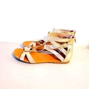 Anerican Eagle Gold Sandals Slippers